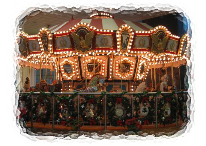 Snow frame MOS_Plaza_Merry-go-round