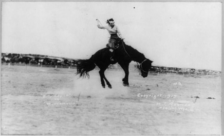 Female_horse-champ_Kitty_Canutt_(1919)_by_unknown