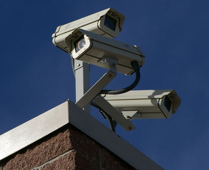 738px-Three_Surveillance_cameras